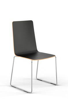 sitting smart. Kufe SM-K02  Schlicht. Einfach. Umwerfend. Der perfekte Stuhl für den freien rechten Platz.