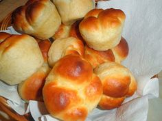 Secrets from the Cookie Princess: Quick Homemade Dinner Rolls