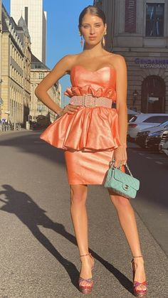 Cathy Hummels, Strapless Dress, Tops, Dresses, Women, Fashion, Gowns, Moda, Fashion Styles