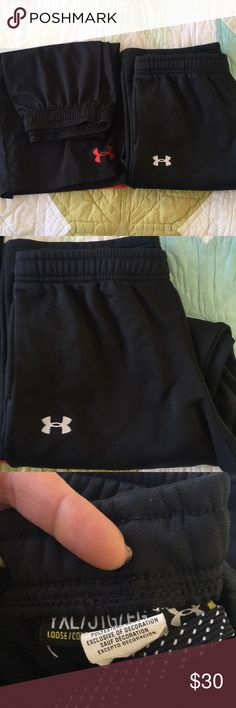 Under Armour Youth XL Combo Black Short & Pant Under Armour Bottoms Combo in great shape for growing Boys. I have a top combo coming up bundle them and I'll be happy to make a fair price. Thanks for looking. Under Armour Bottoms Sweatpants & Joggers