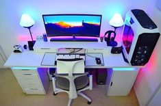 "Polubienia: 1,320, komentarze: 7 – Anees - PCs,Setups and Tech (@futurecomputers) na Instagramie: ""Almost a year ago Usman (@sarz_92263) sent me his setup. Now he's back with some updates """