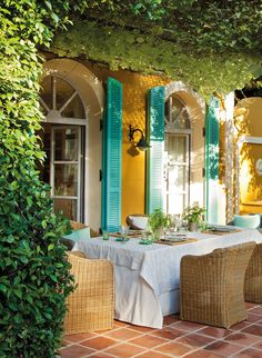 Beautiful patio at a home in Spain featured by House of Turquoise. Architect: Vanda Jewes.