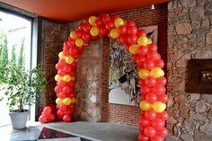 Arco de globos para filmación de un comercial de Coca-cola by #Multifiesta Montevideo-Uruguay #Jacksonville