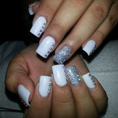 .@_tinti_ | White :) #cinthyasnails | Webstagram