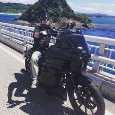 #mulpix  #harley #harleydavidson #harley_davidson #harleydavidsonmotorcycles #custom #roadking #softail #fxstb #motorcycle #instamoto #biker #hd #japan #fashion #happy #ハーレー #ハーレーダビッドソン #バイク #ロード #ロードキング #fxr #japan #ローキン  角島ツーリング!11台で角島に来ました 晴天!風が気持ちいい(^^) 今日はFXR