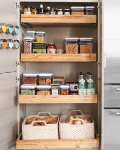 Kitchen pantry cabinet - Are you considering a new kitchen, or do you want to arrange your existing kitchen more conveniently? In this Idea book you get Small Kitchen Storage, Kitchen Organization Pantry, Pantry Storage, Kitchen Pantry, Diy Kitchen, Kitchen Decor, Pantry Ideas, Kitchen Cabinets, Pantry Shelving