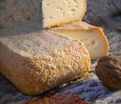 Le Sablé de Wissant -Francia - El Wissant galletas de mantequilla es un queso elaborado con leche cruda de vaca, queso de pasta prensada no cocida y la corteza estaba cepillado regular de cerveza blanca de Wissant.