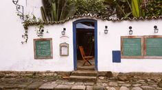 Paraty, Brazil. #destinations #travel Stone Street, Wonderful Places, Carne, Brazil, Backdrops, National Parks, Destinations, The Incredibles, Explore