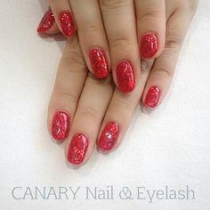Sparkly red♡  In the mood for Christmas...♪︎ *  これからの季節にオススメのキラキラネイル♪︎ 短い爪でも可愛いですよ♡  CANARY Nail & Eyelash  Call : +852 25370338 Whatsapp : +852 56312839 LINE : canaryhongkong Facebook : Canary HK * 日本語, English, 廣東話, 中文OK♪︎ * 《We have 1st trial offer for gel nails & lashes!!》 *  #canarycentral #canarynail #canaryeyelash #nailsalonhk #eyelashsalonhk #香港ネイルサロン #まつげパーマ #マツエク #gelnails #manicure #centralhongkong #香港中環 #美甲 #中環gel甲 #香港ネイルサロン #香港アイラッシュサロン #植眼睫毛 #日式植睫毛 #christmasnails #聖誕節 Eyelash Salon, Simple Designs, Eyelashes, Salons, Manicure, Facebook, Instagram Posts, Beauty, Simple Drawings