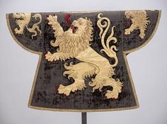 The tabard of the king of arms for Brabant, 1515, adorned with the lion of Brabant. (Kunsthistorisches Museum Vienna)