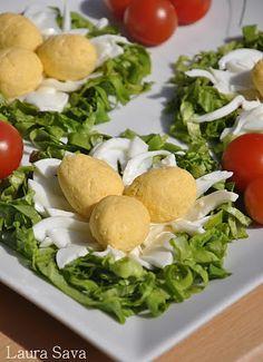Aperitiv Cuib de pasare Romanian Food, Main Menu, Cantaloupe, Appetizers, Low Carb, Eggs, Breakfast, Foods, Fine Dining