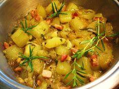 Das perfekte Schmorgurken ... ... mit Rosmarin und Zitronenthymian-Rezept mit Bild und einfacher Schritt-für-Schritt-Anleitung: Vorbereitung: die Gurke…