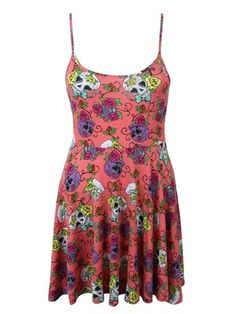 Add a breath of fresh air to your unique wardrobe with this gorgeous strap dress from Iron Fist. Featuring the brands much loved 'Sweet Tooth' design which has an array of colourful sugar skulls wrapped up in stunning flowers, this dress is a must have for your wardrobe, whether you wear it day or night.