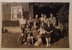 Trying to identify this family photo found in a shoe box represents a challenge. www.marianneperry.ca