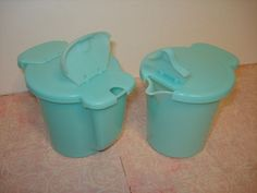 Vintage Tupperware Cream and Sugar Set - I have the yellow sugar dispenser on my table right now!