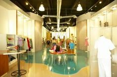 How to Write a Clothing Boutique Business Plan