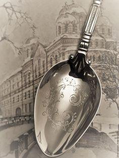 Купить Серебряная десертная ложка АМПИР (малая) с гравировкой буквы С - серебряная ложка