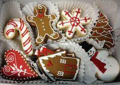 Winter Gingerbread Cookie Set