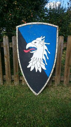 Meine Rekonstruktion eines mittelalterlichen Schildes in Anlehnung an Jan Kohlmorgens Bauanleitung