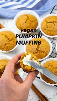 Vegan Pumpkin, Pumpkin Recipes, Fall Recipes, Vegan Breakfast Recipes, Delicious Vegan Recipes, Vegan Sweets, Vegan Desserts, Vegan Cookbook, Vegan Thanksgiving