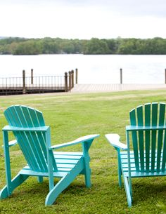 aqua summer chairs.....will be getting these for my new deck this summer!