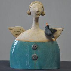 Blue - woman with bird - Joanna Piotrowska - ceramic - Ceramika szkliwiona Sculptures Céramiques, Art Sculpture, Pottery Sculpture, Ceramic Figures, Clay Figures, Slab Pottery, Ceramic Pottery, Paper Clay, Clay Art