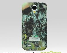 The latest in a long-standing relationship with this world-famous British fashion house has resulted in the newest range of designer iPhone cases to protect and accessorise the Samsung Galaxy S4