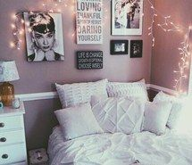 Inspiring image alternative, art, bed, bedroom, cosy, fairy, fairy lights, grunge, hipster, indie, inspirations, light bright, lights, motivation, photography, quotes, room, tumblr, vintage, wall, wall art, white, white pillows #4059868 by kristy_d - Resolution 1000x974px - Find the image to your taste
