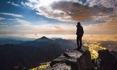 DER BERG RUFT: Diese spektakuläre Schau zeigt die beeindruckende Vielfalt der Bergwelten und erzählt von der Faszination, die diese auf viele Menschen ausüben. Die Ausstellung lässt ihre Besucher teilhaben an den legendären Erstbesteigungen der berühmtesten Gipfel der Erde, sie berichtet von großartigen Triumphen und dramatischen Niederlagen. Link: http://www.bold-magazine.eu/der-berg-ruft/  #Bergsteigen #Derbergruft #GasometerOberhausen #Matterhorn #NangaParbat #Natur