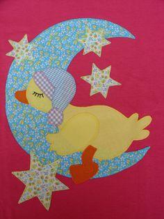 Pato durmiendo en la luna