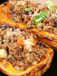 The Only Thing Better Than Butternut Squash Is Sausage-Stuffed Butternut Squash! Sausage Recipes, Pork Recipes, Vegetable Recipes, Cooking Recipes, Pumpkin Recipes, Fall Recipes, Healthy Dinner Recipes, Vegetarian Recipes, Baked Butternut Squash
