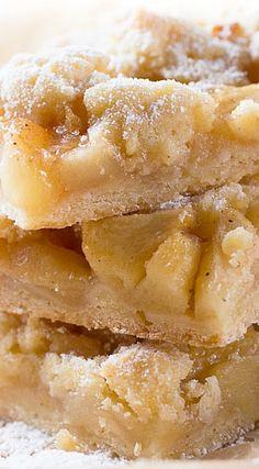 Apple Pie Traybake