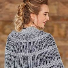 The 7 Best Airy Knitted Shawls for Summer Shawl Patterns, Knitting Patterns, Wedding Flavors, Learn How To Knit, How To Wear, Prayer Shawl, Shawl Cardigan, Crystal Palace, Summer Weddings