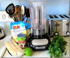 cilantro smoothie - I like the background the girl did on the benefits of cilantro. We'll see how it tastes!