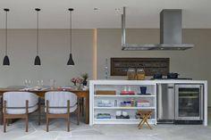 Com uma semana dedicada a cada ambiente da casa, é possível deixá-la limpa e organizada como nova