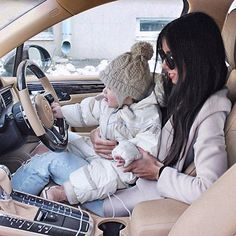 Shared by Find images and videos about luxury, baby and car on We Heart It - the app to get lost in what you love. Dad Baby, Mom And Baby, Baby Kids, Baby Boy Photos, Baby Pictures, Nimo Rapper, Cute Kids, Cute Babies, Baby Boy Outfits