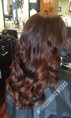 Gorgeous warm brown and copper balayage. Perfect hair color for fall! https://www.styleseat.com/m/book/#/p/saraweeks?pref=search&rank=1&q=Salon%20vogue&sbp2=true