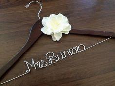 Bride Hanger, Wedding Dress Hanger, Wedding Hangers, Unique Bridal Shower, Bridal Shower Gifts, Diy Wedding, Wedding Gifts, Wedding Day, Wedding Keepsakes