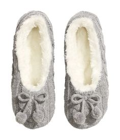 Cozy grey cable-knit slippers with a decorative bow at front, pile lining, and soft soles.   H&M Lingerie