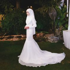Thank you siapkan baju nikah nana❤️ Sayang hihi Hijab Prom Dress, Muslimah Wedding Dress, Muslim Wedding Dresses, Dream Wedding Dresses, Wedding Attire, Bridal Dresses, Dress Outfits, Bridesmaid Dresses, Wedding Photoshoot