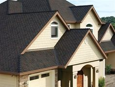 What to Look for When Choosing Your New Roof - The roof of your home is one of the most important defenses against the elements, and also one of the biggest deciders in the comfort level of the rest of the house. Therefore, when it comes to making a decision on which roof you should buy for your home during construction or perhaps replacing it, it is imperative to the future of your home that you keep a few things in mind throughout this process.