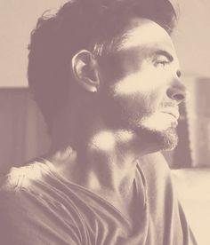 "Robert Downey Jr. (""New Life"")"