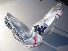 I This would be the only reason for me to wear heels on my wedding day! Go Yankees, Yankees Logo, New York Yankees Baseball, New Flame, Pretty Shoes, Awesome Shoes, Christian Louboutin Shoes, Wedding Shoes, Me Too Shoes
