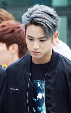 Where and how could I get my hair styled like this? (I can link a picture of my hair if needed) - Hair Korean Haircut Men, Asian Man Haircut, Korean Men Hairstyle, Asian Hairstyles, Japanese Hairstyles, Hairstyles Men, Grey Hair Color Men, Gray Color, Silver Hair Men