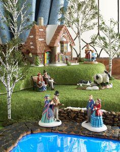 Department 56 Dickens Village Series