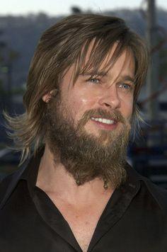 Brad Pitt Photos Photos: Bad Hair Day 2002 - So Funny Epic Fails Pictures Bad Beards, Great Beards, Brad Pitt Pictures, Brad Pitt Haircut, Hair And Beard Styles, Long Hair Styles, Hair Fails, Hollywood Actor, Bad Hair Day