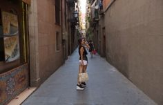 Momente dulci în Barcelona, ţinutele Cristinei Burlacu