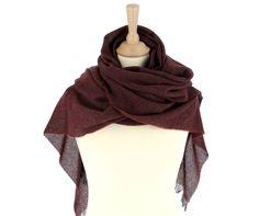 aa29abd977a8 16 meilleures images du tableau Echarpes femme   Veil, Cashmere wool ...