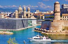https://flic.kr/p/vH7cs9   Marseille 2014 - 172 le MUCEM, le Fort Saint-Jean, la Cathédrale La Major en face du PHARO