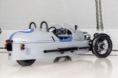 Morgan-dealer Louwman Exclusive in Utrecht heeft een speciale versie van de opmerkelijke 3-Wheeler bedacht. De al niet bepaald alledaagse driewieler wordt daar nog een tandje exclusiever mee.